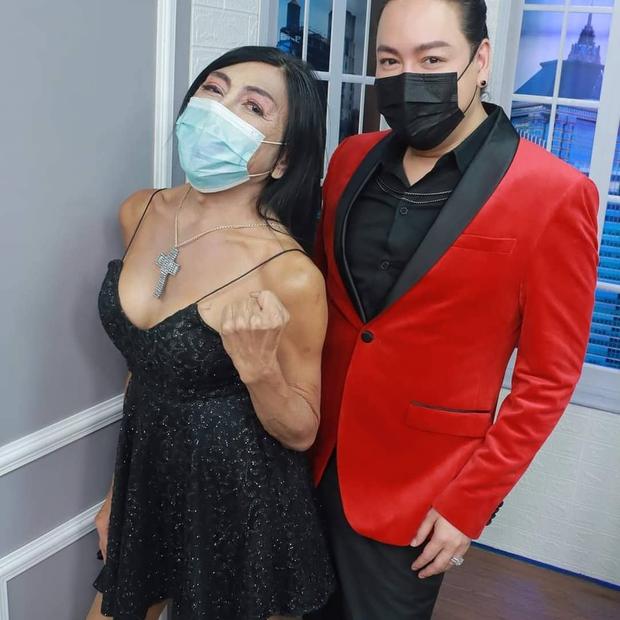 """Vừa gây choáng với diện mạo """"căng đét"""" mới nâng cấp, hot girl mặt nhàu Thái Lan lộ ảnh thật chưa qua chỉnh sửa khiến dân tình tranh cãi - Ảnh 4."""