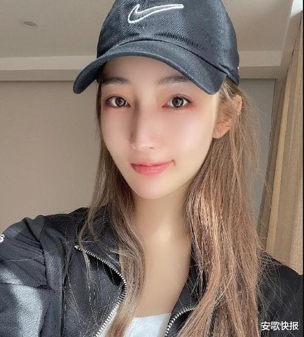 """Hot girl 19 tuổi khiến Ngô Diệc Phàm thân bại danh liệt: Sinh viên trường danh giá top đầu Trung Quốc, visual xuất sắc nhưng bị nghi """"dao kéo"""" - Ảnh 14."""