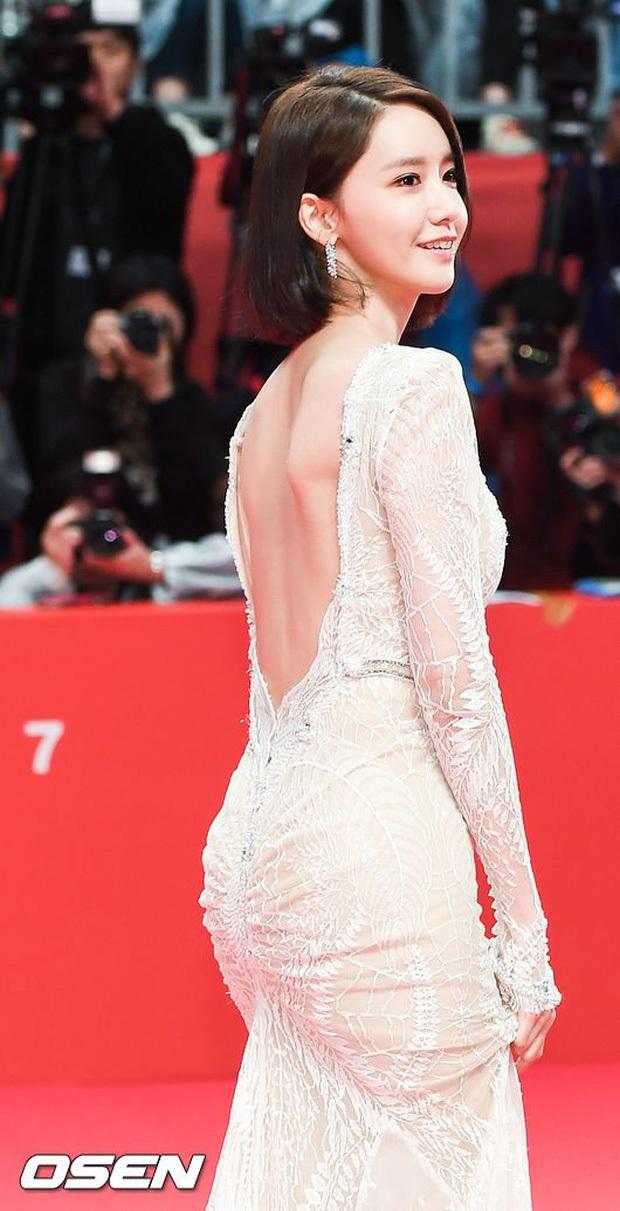 Hết Jennie, đến Yoona khiến netizen há hốc với màn để trần lưng trắng nõn ngọc ngà: Đây mới chính là level hở đỉnh cao! - Ảnh 7.