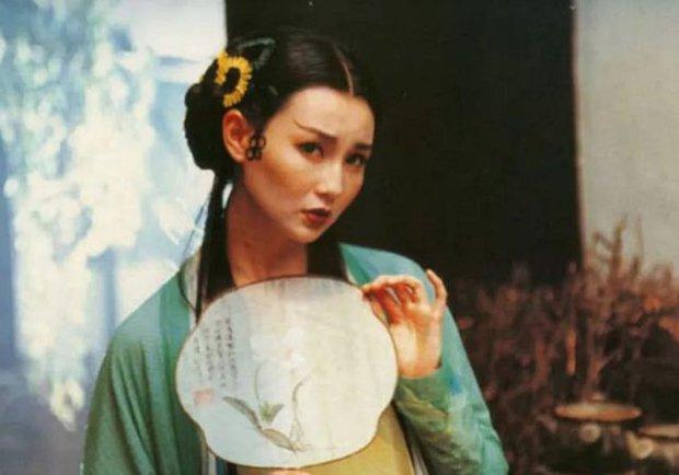 Nhan sắc tàn phai của cặp Thanh Xà - Bạch Xà đẹp nhất màn ảnh Hoa ngữ, sau 28 năm chỉ còn lại nỗi luyến tiếc - Ảnh 6.