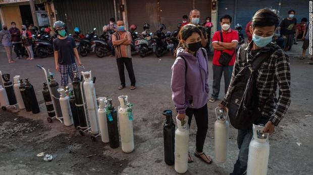 Toàn cảnh cơn khủng hoảng đang xảy ra ở Indonesia - tâm dịch mới của cả châu Á: Một địa ngục Covid mới đang xuất hiện? - Ảnh 4.