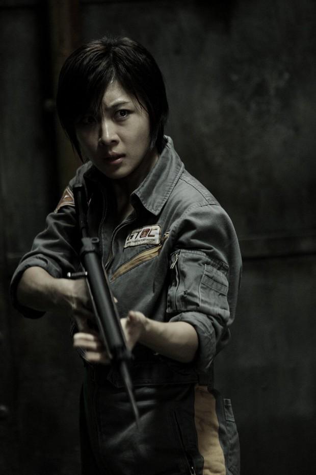 5 diễn viên Hàn bị ám ảnh tâm lý vì vai diễn: Seo Ye Ji - Lee Jun Ki trầm cảm, số 5 còn tìm tới cái chết  - Ảnh 10.