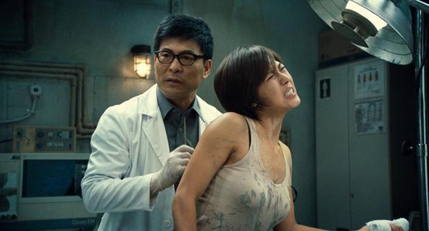 5 diễn viên Hàn bị ám ảnh tâm lý vì vai diễn: Seo Ye Ji - Lee Jun Ki trầm cảm, số 5 còn tìm tới cái chết  - Ảnh 11.