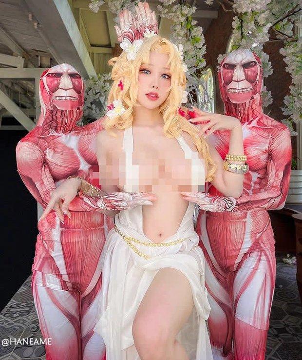 Không thể rời mắt với loạt ảnh cosplay nữ thần Aphrodite vòng một siêu khủng trong Record Of Ragnarok - Ảnh 4.