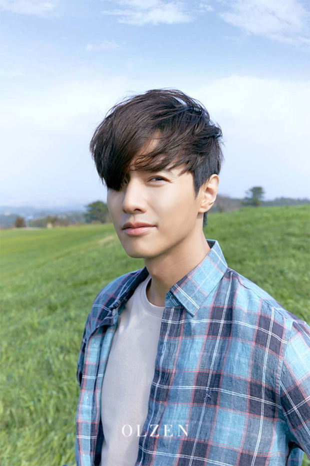 Quá khứ của Won Bin: Bắt rắn mưu sinh, chụp ảnh ở tường nhà hàng xóm để thi tuyển diễn viên và cú chuyển mình thành tài tử hot nhất xứ Hàn - Ảnh 2.