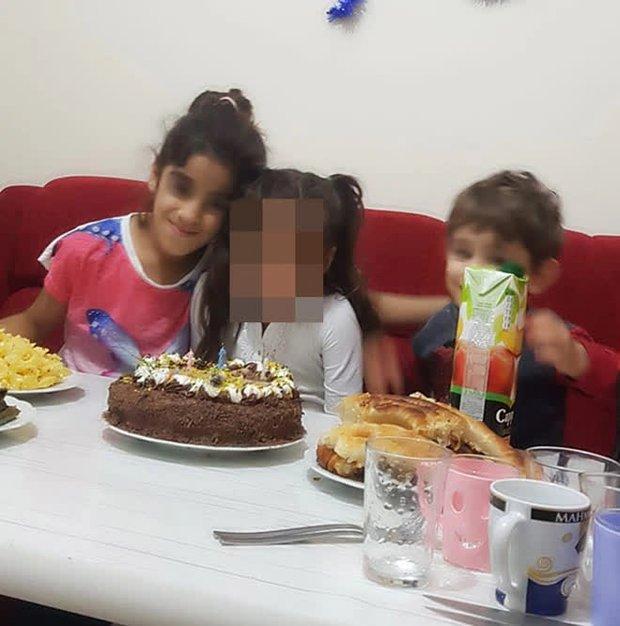 Đi chơi mừng sinh nhật con, 5 người cùng nhà chết đuối thương tâm, tư thế của cậu bé 3 tuổi khi vớt được thi thể khiến ai cũng xót xa - Ảnh 1.
