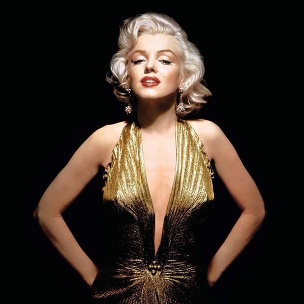 Bom sex Marilyn Monroe: Đâu chỉ có sắc vóc, gu thời trang của bà từ hàng chục thập kỉ trước đã đẹp muốn điên lên - Ảnh 2.