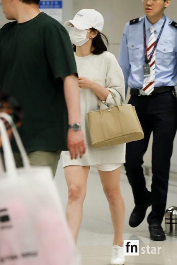 Bóc mẽ Song Hye Kyo: Ảnh thời trang khác hẳn đời thực với chiều cao gây lú, nhìn đôi chân mà haizzz - Ảnh 10.