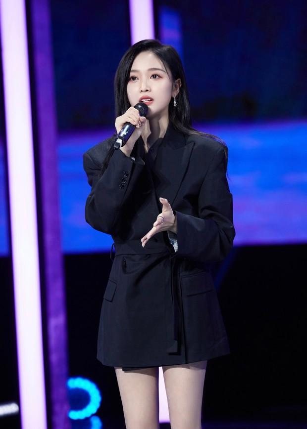 Ngô Tuyên Nghi xinh ơi là xinh ở phim mới, netizen buông lời: Ngắm thôi chứ phát ngôn sảng lắm! - Ảnh 7.