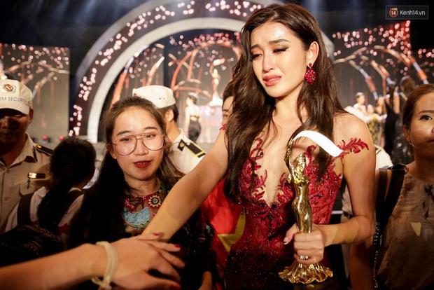 Huyền My từng bật khóc nức nở đến mức bị giám khảo chê trách tại Miss Grand International, sau 4 năm chính chủ đã lên tiếng! - Ảnh 2.