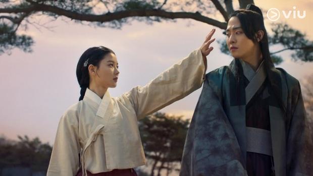 10 cặp đôi phim Hàn được mong chờ nhất cuối 2021: Jisoo (BLACKPINK) - Jung Hae In có đủ sức làm nên bom tấn? - Ảnh 7.