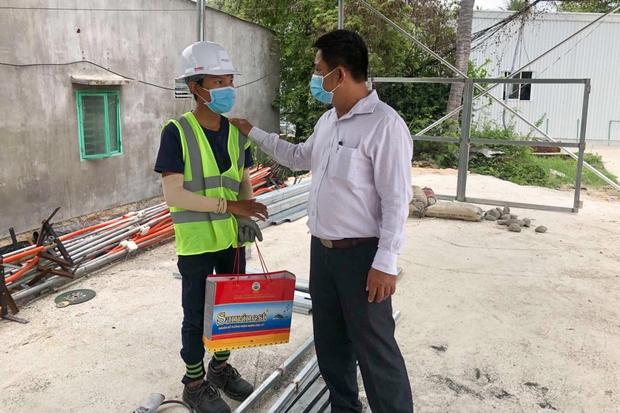 Phó Chủ tịch UBND phường Vĩnh Hoà (Nha Trang) xin lỗi công dân Trần Văn Em - Ảnh 1.