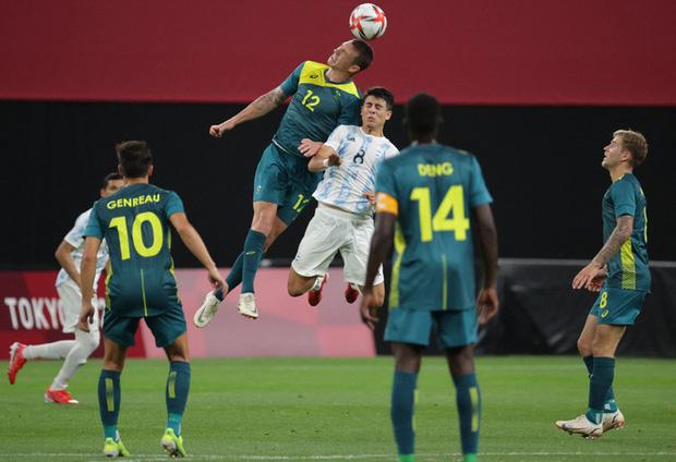 Thế hệ đàn em của Messi thua đội tuyển mạnh nhất Đông Nam Á ở trận mở màn Olympic 2020 - Ảnh 12.