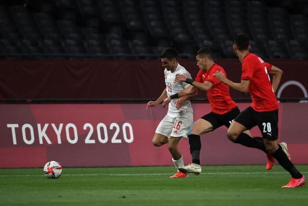 Dàn sao Euro 2020 gây thất vọng, Olympic Tây Ban Nha bị Ai Cập chia điểm - Ảnh 3.