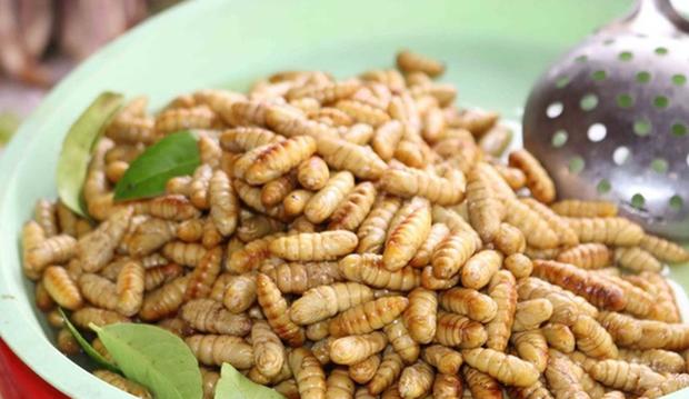 Việt Nam có loại đặc sản rất lạ lùng: Nhiều người ăn vào dị ứng nhưng vẫn cực hút khách - Ảnh 2.