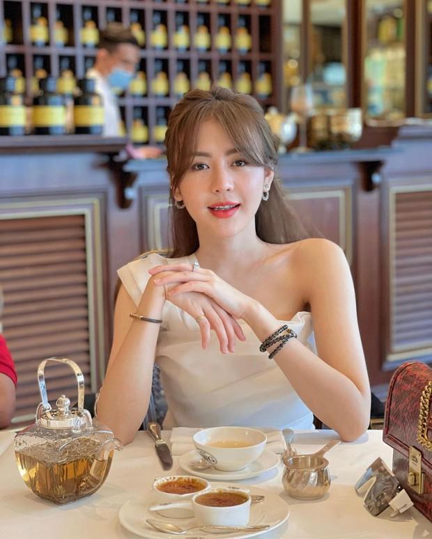 """Một gái xinh tuyên bố """"căng cực"""": Người yêu mà follow gái xinh TikTok và cô giáo Minh Thu là bỏ ngay! - Ảnh 2."""