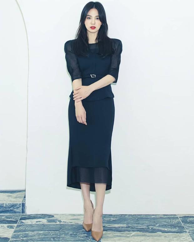 Cuộc đại tu body của Song Hye Kyo: Xưa chân thô ngắn 1 mẩu dìm sạch dáng, nay lột xác ngoạn mục đến mức được khen là tỷ lệ vàng - Ảnh 19.