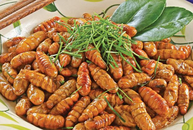 Việt Nam có loại đặc sản rất lạ lùng: Nhiều người ăn vào dị ứng nhưng vẫn cực hút khách - Ảnh 3.