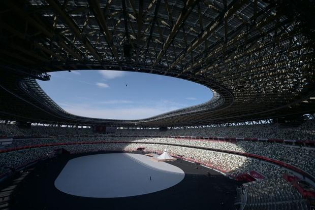 Đài lửa Olympic được thắp sáng, ngày hội thể thao lớn nhất thế giới chính thức bắt đầu!!! - Ảnh 42.