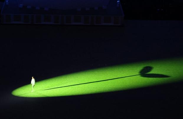 Đài lửa Olympic được thắp sáng, ngày hội thể thao lớn nhất thế giới chính thức bắt đầu!!! - Ảnh 37.