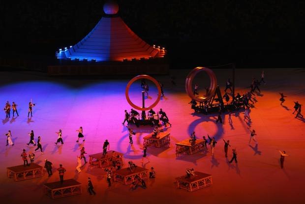 Đài lửa Olympic được thắp sáng, ngày hội thể thao lớn nhất thế giới chính thức bắt đầu!!! - Ảnh 31.