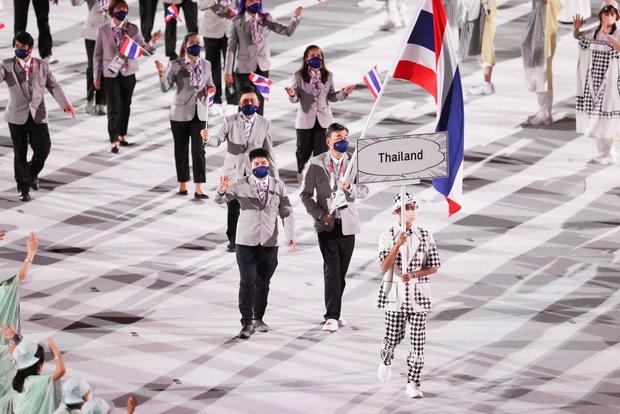 Đài lửa Olympic được thắp sáng, ngày hội thể thao lớn nhất thế giới chính thức bắt đầu!!! - Ảnh 22.