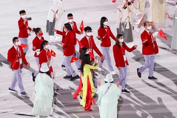 Đài lửa Olympic được thắp sáng, ngày hội thể thao lớn nhất thế giới chính thức bắt đầu!!! - Ảnh 19.