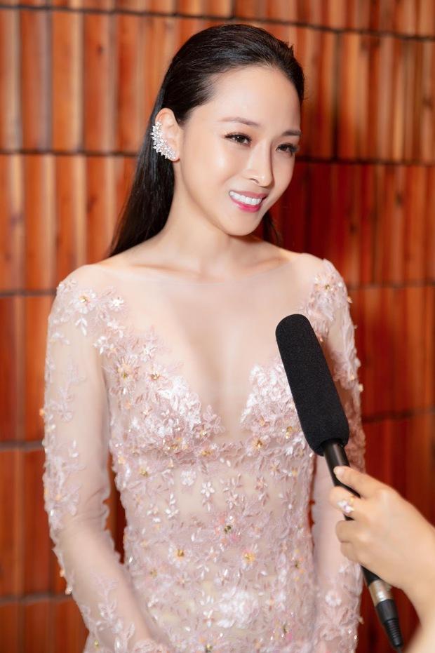 Vbiz từng rúng động bởi scandal tình - tiền của 1 Hoa hậu: Bị tố lừa đảo 16,5 tỷ đồng, nụ cười bí hiểm trên toà gây ám ảnh! - Ảnh 14.