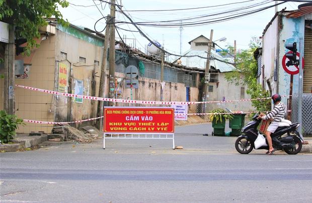 Đà Nẵng tìm nhiều shipper và người đến hàng loạt quán ăn khắp các quận, huyện liên quan ca COVID-19 mới - Ảnh 1.