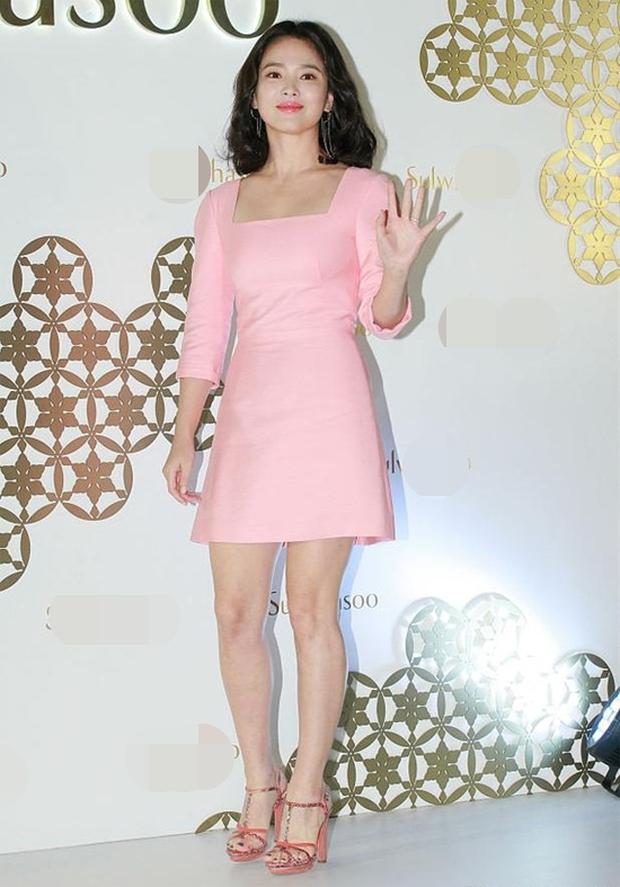Cuộc đại tu body của Song Hye Kyo: Xưa chân thô ngắn 1 mẩu dìm sạch dáng, nay lột xác ngoạn mục đến mức được khen là tỷ lệ vàng - Ảnh 4.