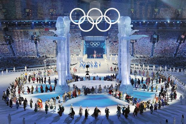 Toàn bộ thông tin cần biết về lễ khai mạc đặc biệt nhất lịch sử Olympic - Ảnh 1.