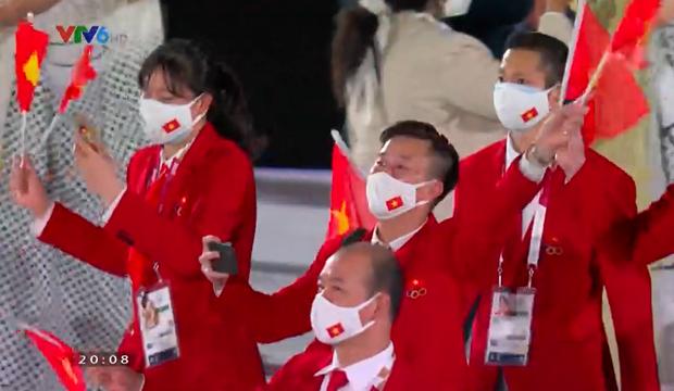 Đài lửa Olympic được thắp sáng, ngày hội thể thao lớn nhất thế giới chính thức bắt đầu!!! - Ảnh 20.