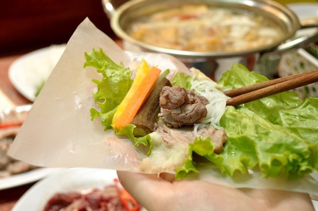 Ở Việt Nam có món ăn đường phố cực ngon vừa được Thái Công biến thành hàng de luxe , ăn vào tự thấy mình thật giàu sang! - Ảnh 4.