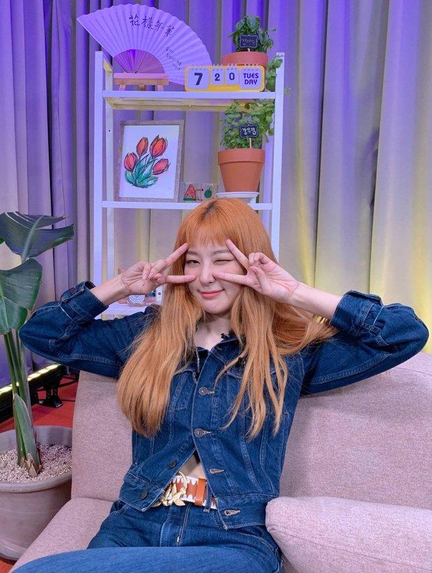Red Velvet vô tình spoil sạch sành sanh về màn comeback, nhưng sao vũ đạo lại giống TWICE và ITZY thế này? - Ảnh 11.