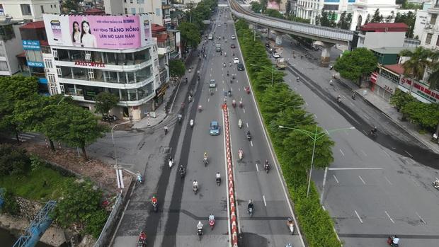 Hà Nội ngày đầu giãn cách: Nhân viên một siêu thị đi chợ hộ người dân - Ảnh 1.
