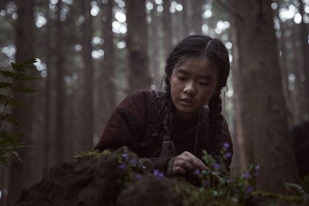 Kingdom ngoại truyện: Jeon Ji Hyun tái xuất mờ nhạt, kịch bản lê thê đến ngủ gật, biên kịch bị dí deadline đấy à? - Ảnh 4.