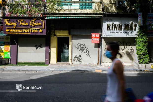 Quán ăn Hà Nội đồng loạt đóng cửa sau chỉ thị 16: Chung tay chống dịch chứ càng bán càng lỗ - Ảnh 15.