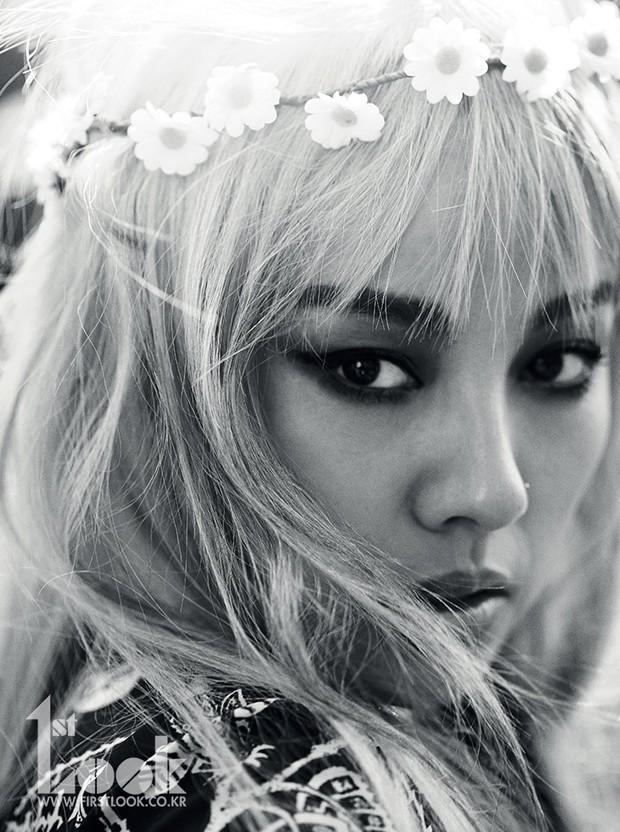 GFRIEND tan rã, nữ idol nổi tiếng dễ thương bỗng lột xác sexy khó nhận ra, còn hóa thân thành Lee Hyori đỉnh cao - Ảnh 4.