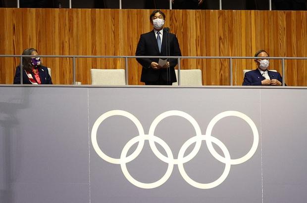 Chỉ đổi 1 từ ở lễ khai mạc Olympic 2020, Nhật hoàng nhận mưa lời khen vì tinh tế - Ảnh 1.