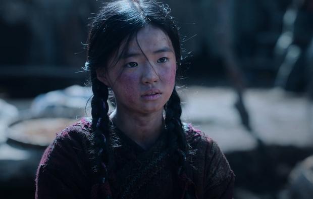 Profile cô bé át vía Jeon Ji Hyun ở Kingdom: 13 tuổi toàn đóng vai chính, nhan sắc không đùa được đâu - Ảnh 3.