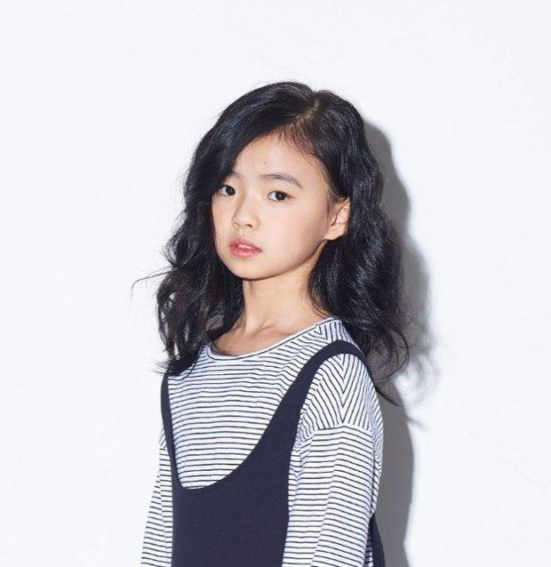 Profile cô bé át vía Jeon Ji Hyun ở Kingdom: 13 tuổi toàn đóng vai chính, nhan sắc không đùa được đâu - Ảnh 5.