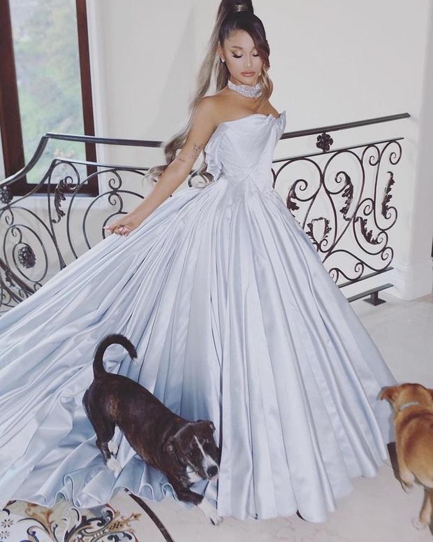 Ariana Grande và những outfit công chúa đỉnh của chóp, có set nhẩm tính sơ qua đã lên đến 241 tỷ đồng - Ảnh 3.