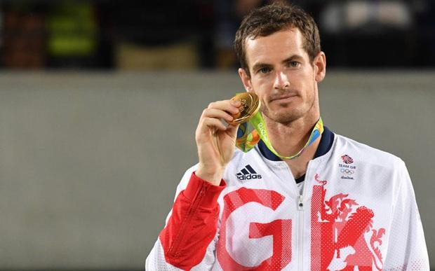 Andy Murray chụp chung với nữ VĐV xinh đẹp trước thềm Olympic, ai ngờ phải lên tiếng xin lỗi chỉ vì... cái quần - Ảnh 2.