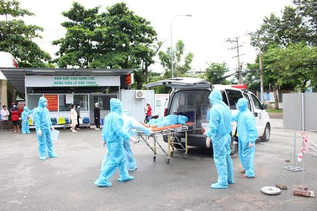 BS Trương Hữu Khanh: Chích vắc xin COVID-19, đừng nên kén cá chọn canh - Ảnh 4.