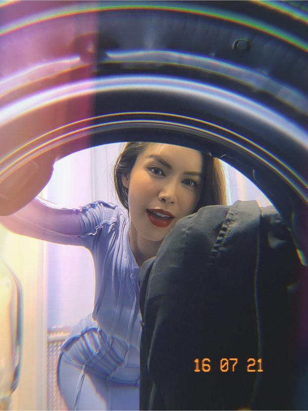 Mùa giãn cách ở nhà, Vedette Vũ Thu Phương quyết tâm giả gái để tuyển chồng! - Ảnh 6.