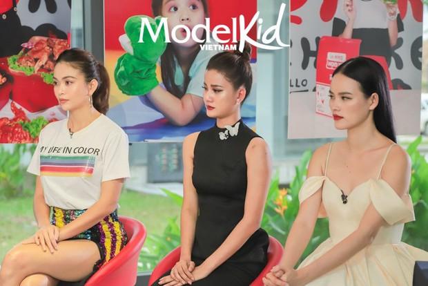 Cận cảnh Hương Ly ngất xỉu, được bế vào tận hậu trường Chung kết Miss Universe Vietnam 2019 - Ảnh 6.