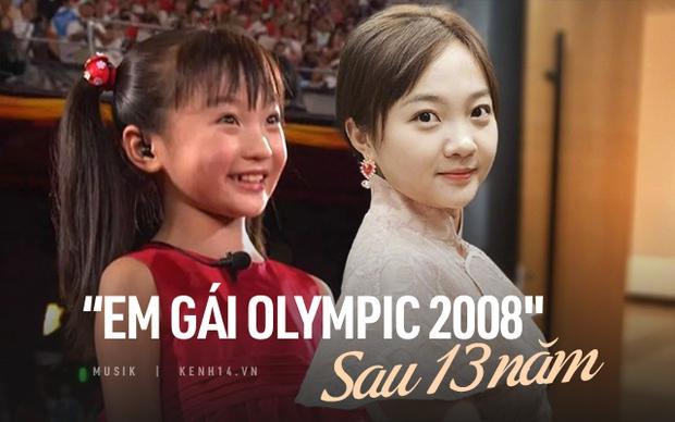 Sao nhí hát nhép tại Olympic Bắc Kinh 2008: Từ niềm tự hào trở thành tội đồ sau 1 đêm, dính loạt bê bối người lớn và bị 2 trường Đại học từ chối - Ảnh 1.