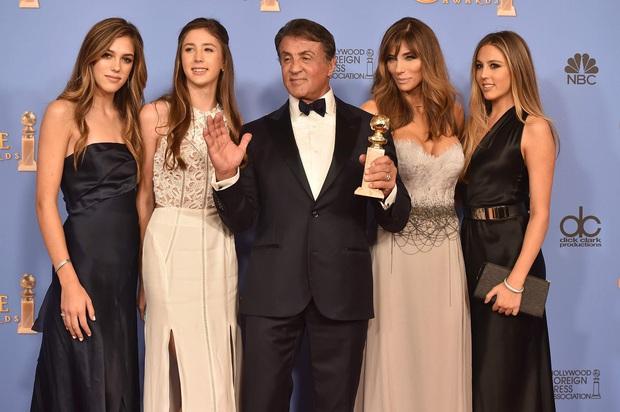 Không phải Kardashian, nhà tài tử Rambo mới là gia đình cực phẩm: Cả 3 ái nữ đều đẹp như Hoa hậu, mã gene báu vật là đây! - Ảnh 8.