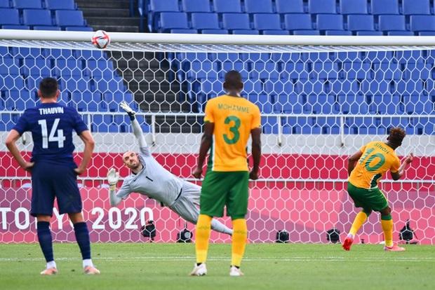 Trận đấu kịch tính nhất Olympic 2020: Đủ drama từ trượt pen, đá hỏng trước khung thành trống, rượt đuổi tỷ số 7 bàn chỉ trong 1 hiệp - Ảnh 4.