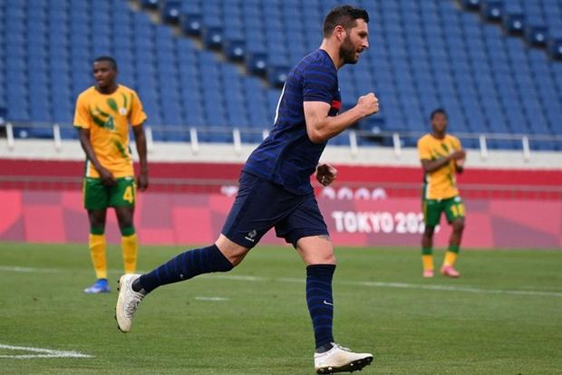 Trận đấu kịch tính nhất Olympic 2020: Đủ drama từ trượt pen, đá hỏng trước khung thành trống, rượt đuổi tỷ số 7 bàn chỉ trong 1 hiệp - Ảnh 6.